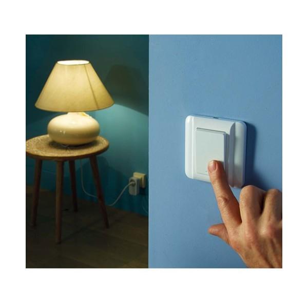 prise command e distance sans fil acheter eclairage. Black Bedroom Furniture Sets. Home Design Ideas