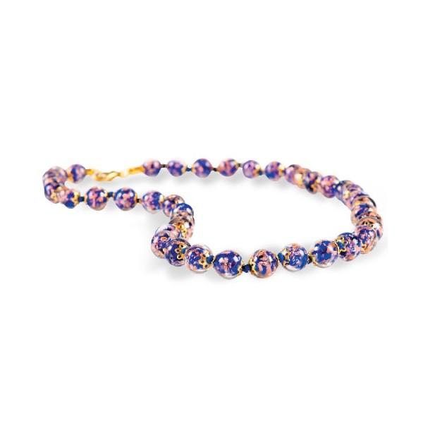 Le collier de Murano incrusté d'aventurine