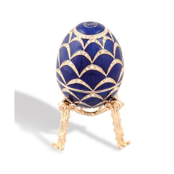 L'œuf pomme de pin style Fabergé