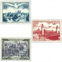 """Les timbres Poste Aérienne """"Vues de Paris"""""""
