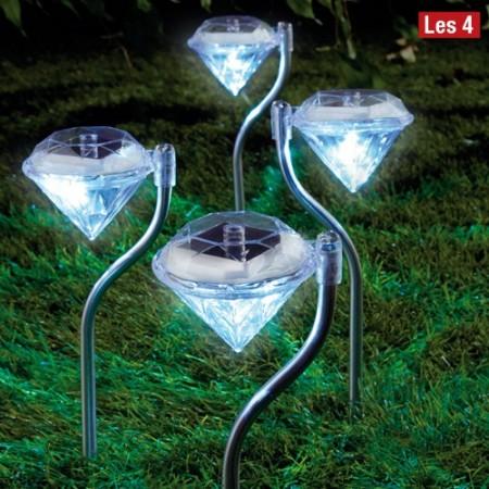 lampes solaires diamants les 4 acheter plaisir d 39 offrir l 39 homme moderne. Black Bedroom Furniture Sets. Home Design Ideas