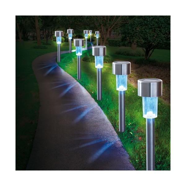 bornes solaires les 10 acheter d coration mobilier de jardin l 39 homme moderne. Black Bedroom Furniture Sets. Home Design Ideas