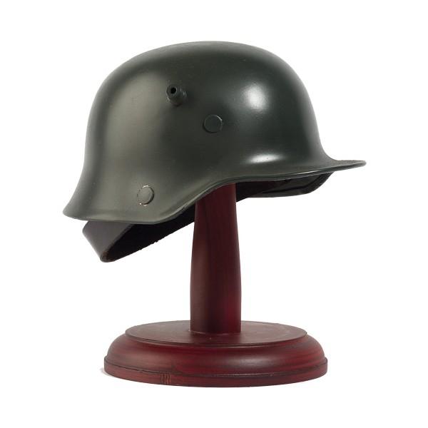 Le casque allemand M16 miniature
