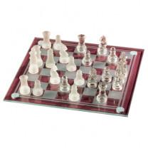 Le jeu d'échecs en verre