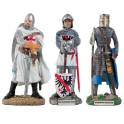 Les trois figurines historiques